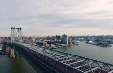 Drone over the Williamsburg Bridge منهاتن